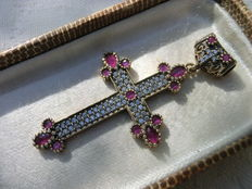 Silver cross pendant set with rubies and crystals