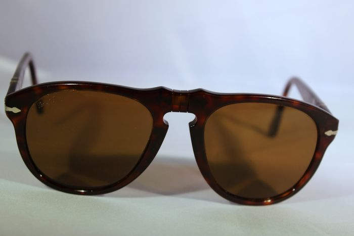 60af94bc64 Persol - Sunglasses - Unisex - Catawiki
