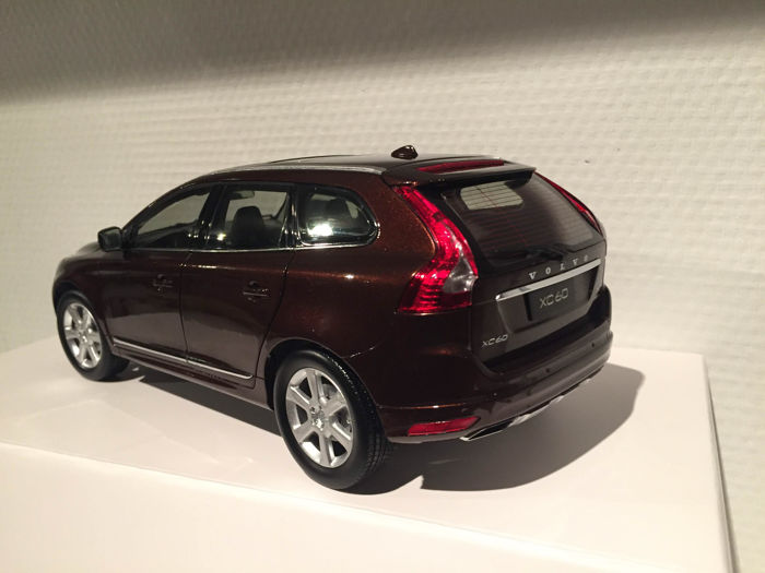 Motor city scale 1 18 volvo xc60 brown 2015 catawiki Motor city car auction