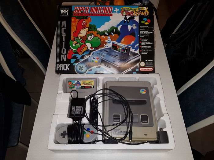 super mario world 2 yoshi s island snes Super Nintendo Action Pack - Super Mario World 2 Yoshi's - Catawiki