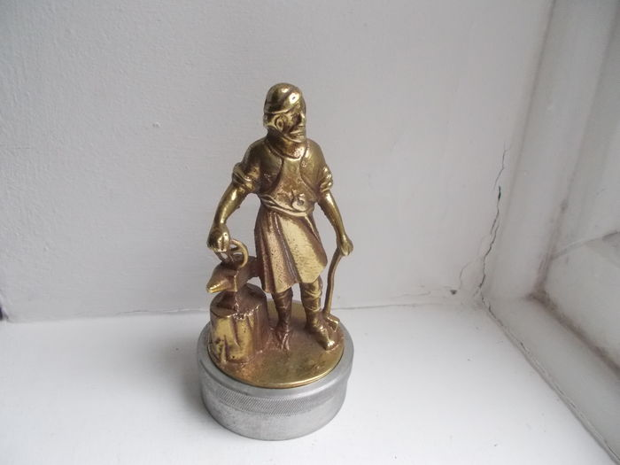 vintage early blacksmith vulcan solid brass car mascote  oringinal