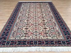 Splendid KAYSERI with rare pattern - made in Turkey - approx. 295 x 199 cm
