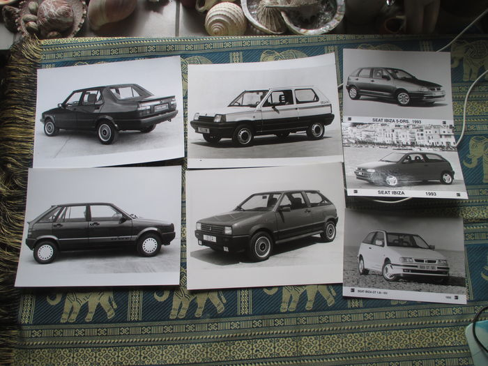 car brochures press pictures seat 19 brochures 37 pressed pictures 1986 2003 catawiki. Black Bedroom Furniture Sets. Home Design Ideas