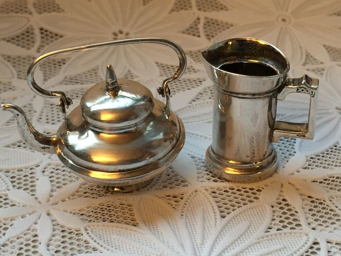 Two silver miniatures: water boiler and beer mug, Netherlands