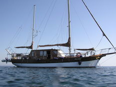 Wooden sailing ship from the Italian shipyard Cantiere Ciaravino Giuseppe di Cecina - 1981