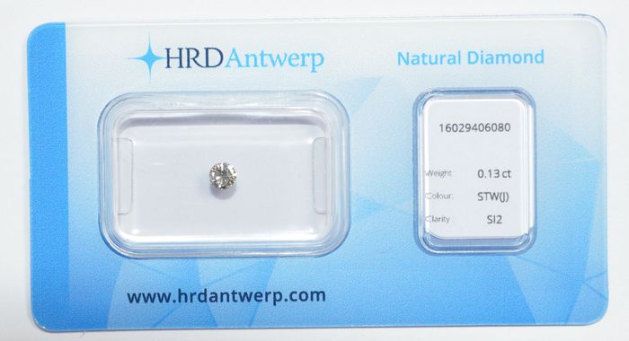 0.13 ct brilliant-cut diamond, STW (J), SI2