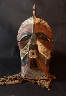 Very old African Kifwebe War mask - SONGYE - D.R.C. Democratic Republic Congo.
