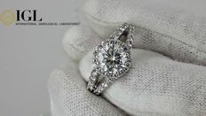 2.11 ct round diamond ring in 14 kt white gold - size 7,5