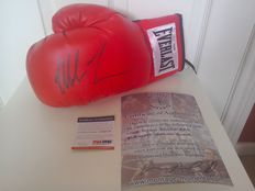 Mike tyson hand signed boxing glove psa/dna & coa 20th century.