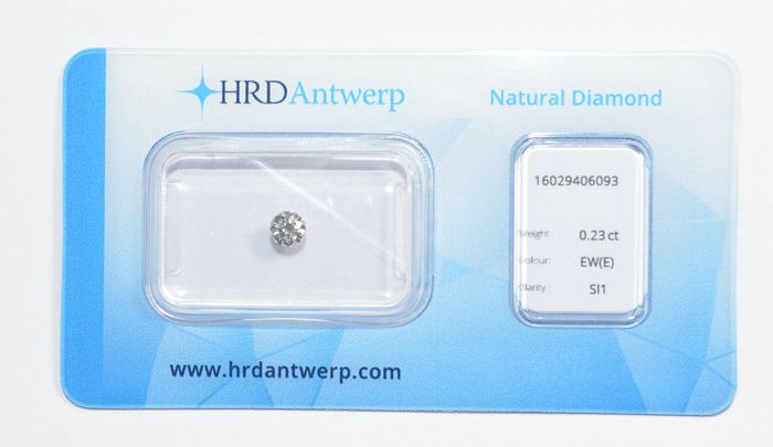0.23 ct brilliant-cut diamond, EW(E), SI1