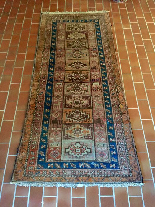 Antique Sivas (Turkey) rug – 1920 circa – Measurements: 260 x 120 cm – No reserve price