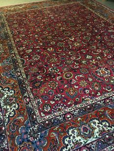 Beautiful, original Persian Maschad in exclusive colour combinations! approx. 300 x 388 – signed and in very good condition – 100% hand knotted!  Persia.