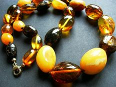Amber necklace, hand-cut Baltic amber beads in the shape of olives, 925 silver clasp, 49 g