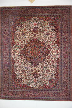 Exceptional, wonderful ancient Kashan, late nineteenth century, Iran, 9.28 m², plant-based colours, 350 x 265 cm