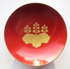 Beautiful Japanese Sake Cup Imperial Army; with imperial Paulownia motif, from the period of the first World War