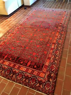 Sivas (Turkey) rug from the second part of the 1900s, dimensions: 350 x 180 cm