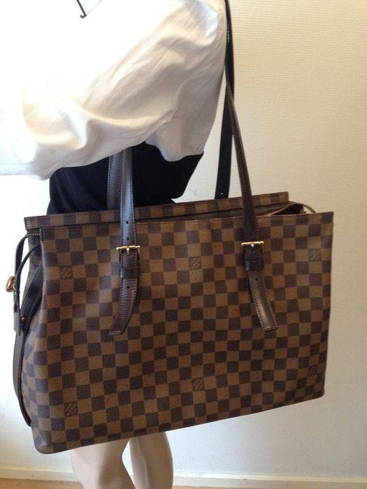 50c369675a0c Louis Vuitton - Damier Ebene Chelsea Tote Bag - Catawiki