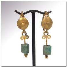"Roman Gold Earrings - 3.6 cm L - 1 7/16""  and  3.4 cm L - 1 3/8"""