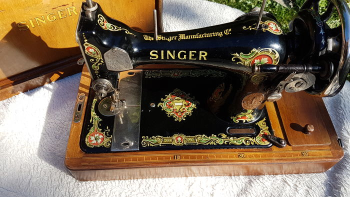 Fine Hand Sewing Machine By The Singer Sewing Company Catawiki Simple Singer Sewing Machine Company