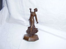 Art Deco statue  'Spanish female dancer'