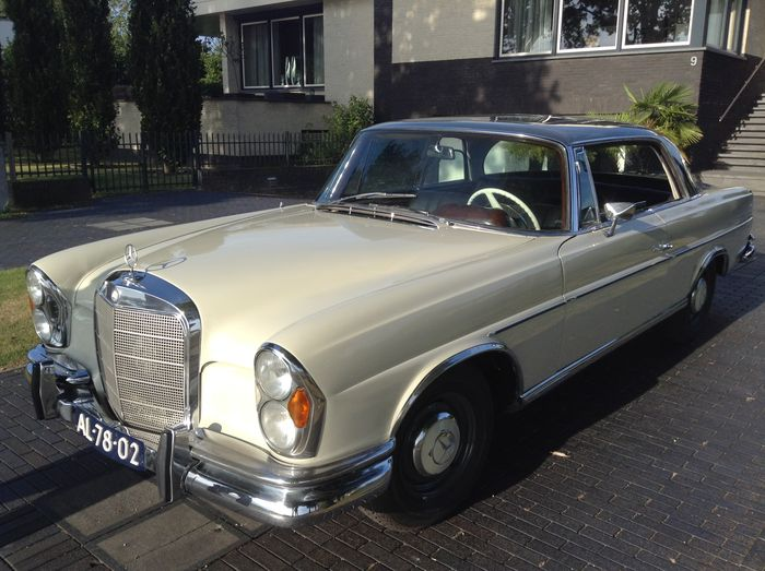 mercedes benz 220 se coup automatic 1963 catawiki. Black Bedroom Furniture Sets. Home Design Ideas