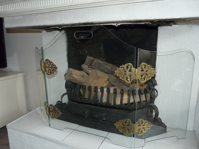 Lovely Fireplace Screen Made From Heat Resistant Glass Catawiki