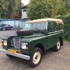 """Land Rover - """"88 Pick-up - 1983"""