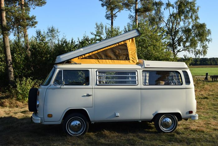 Volkswagen westfalia t2 usa camping car 1973 camping for Garage volkswagen le chesnay 78