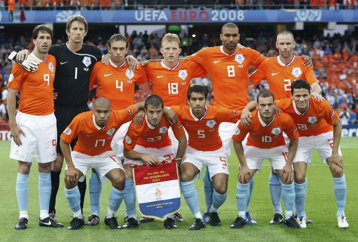"""2008 euro cup netherlands italy""的图片搜索结果"