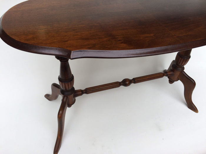 A nut wood living room table in regency style second half for Nfpa 99 table 5 1 11