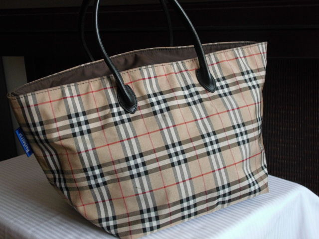 03a90d9aa9 Burberry London Blue Label - Catawiki