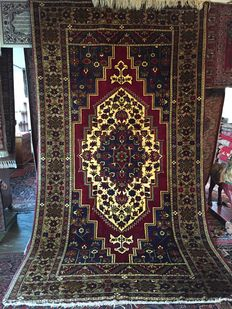 Oriental Turkish carpet - in perfect condition - capital investment - 100 % hand-woven!