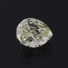 1.08 ct pear cut diamond, Fancy yellow natural colour VVS1 ** LOW RESERVE PRICE**