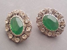 Antique earrings in 18 kt gold and silver with diamonds and chrysoprase