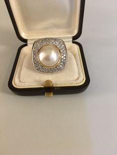 Ring with Mabe Pearl