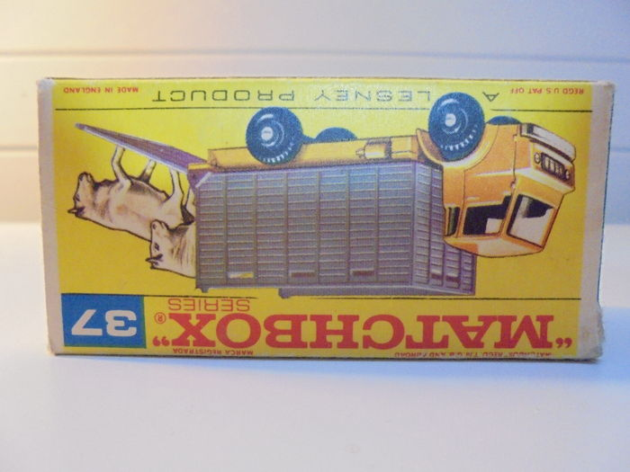 Lesney Matchbox - Misc  scales - Lot with 3 Models: GMC Refrigerator
