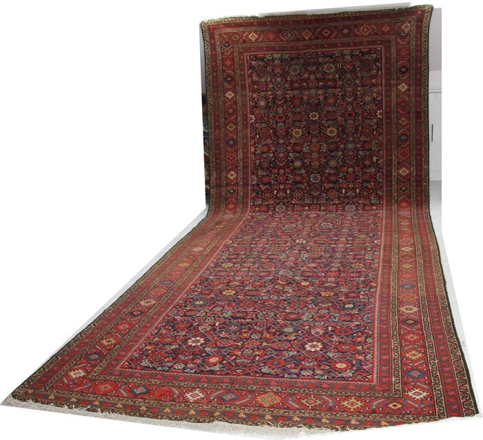 "Antique handmade Persian Farahan long carpet 100 years old size 400cm x 180cm (13'x5'9"")"