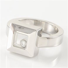 "Chopard - 18K White Gold Ring ""Happy Diamonds"""