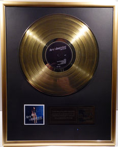 """Amy Winehouse - Back to Black -  12"""" universal record gold plated record by WWA Awards"""