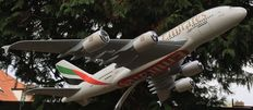 Emirates Airbus A380, large/heavy solid resin model on pedestal - scale 1/150!