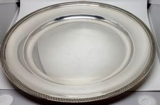 Round silver dish or tray, Italy, 1st quarter of 20th century