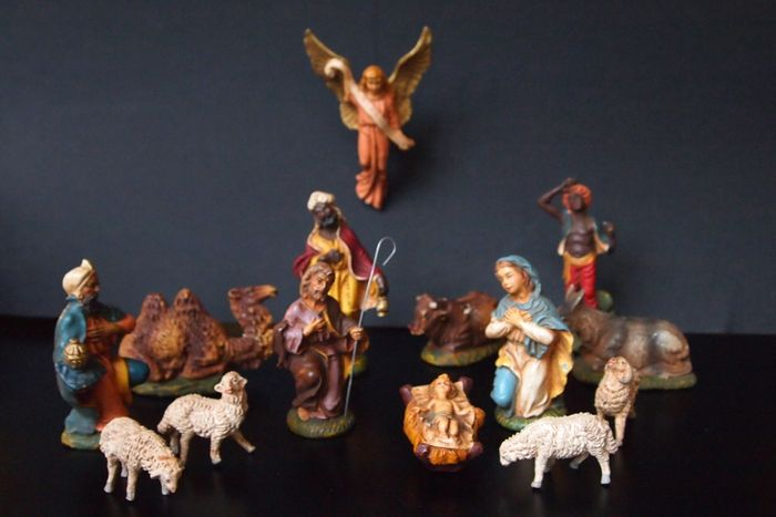 Nativity scene - complete in box - c. 1950 - Italy