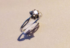 Ring with a Top Wesselton diamond, 0.25 ct