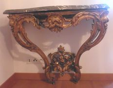 Console Louis XV  in carved and gilded wood - France - 18th century