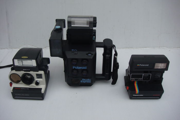 3 polaroid cameras studio express polatronic 5 supercolor 635 cl catawiki. Black Bedroom Furniture Sets. Home Design Ideas