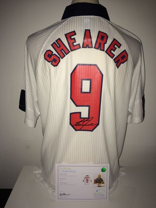 detailed look f209e 93346 Alan Shearer / England - Original signed by Shearer England retro World Cup  1998 home shirt in luxury storage cover + COA Exclusive Memorabilia. - ...