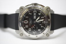 Hamilton Khaki Belowzero - Men's chronograph wrist watch - Year: 2016