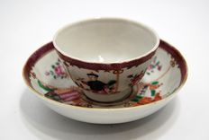 Porcelain bowl with its saucer – China – 18th century