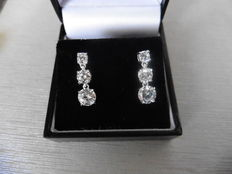 18k Gold Trilogy Drop Diamond Earrings - 1.30ct