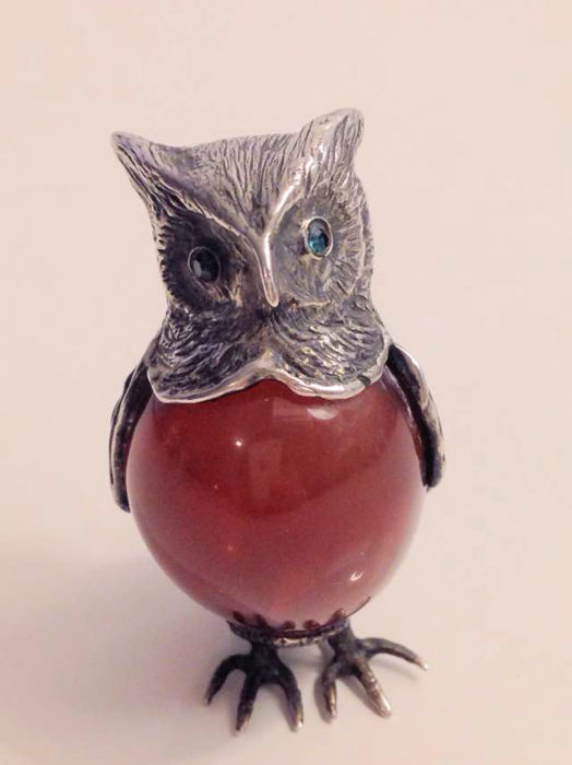 Silver large miniature owl with agate, ca. 1955